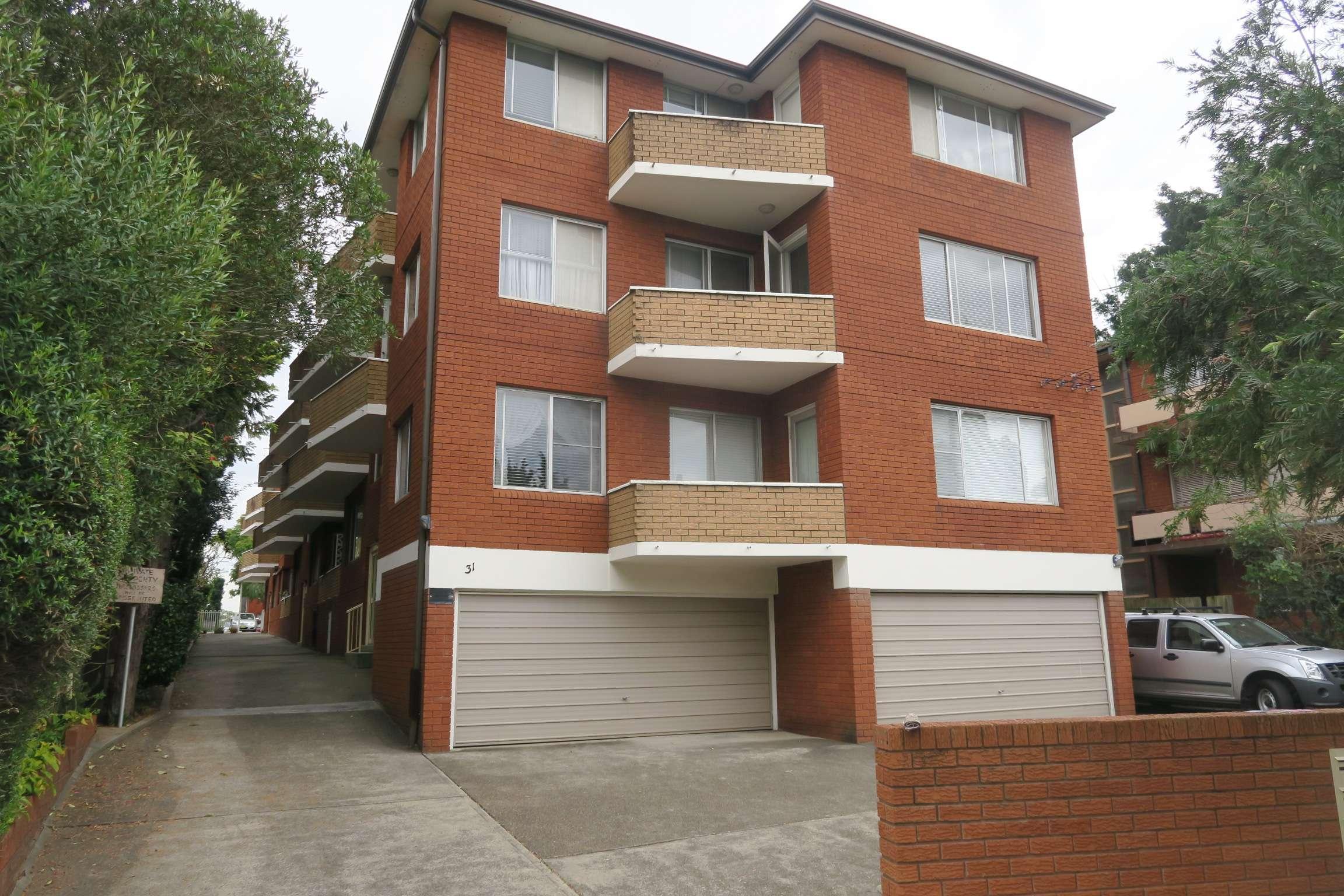 8/31 Wharf Road, Gladesville NSW 2111